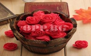 24 Броя Рози на Телчета за Декорация в Цвят по Избор