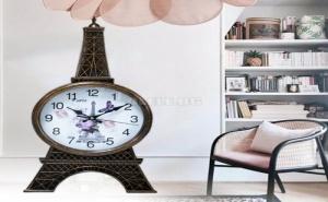 Атрактивен Стенен Часовник Айфелова Кула