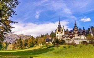 Екскурзия до Синая! Транспорт + 2 Нощувки на човек със Закуски и Възможност за Посещение на Букурещ и Румънски Замъци от Еко Тур