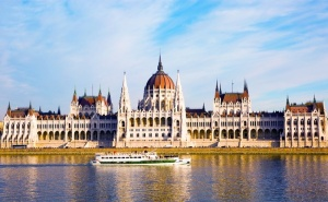 Екскурзия до  <em>Будапеща</em>! 2 Нощувки със Закуски на човек + Транспорт от Еко Тур + Възможност за Посещение на Сентендре, Вишеград и Естергом за Средновековения Фестивал от  ...
