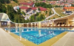 Нощувка на човек със Закуска и Вечеря + Минерални Басейни и Спа Пакет в Гранд Хотел Велинград*****