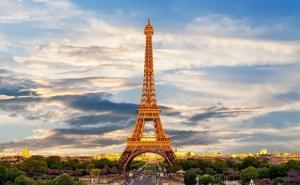 Екскурзия до Бенелюкс и <em>Париж</em>! Двупосочен Самолетен Билет + 6 Нощувки на човек със Закуски от Премио Травел