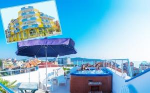 Лято в <em>Приморско</em>, на 50М. от Плажа! Нощувка на човек със Закуска + Джакузи в Семеен Хотел Темида