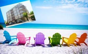 Ранни Записвания за Лято 2020 в Несебър на 100 М. от Плажа. Нощувка на човек със Закуска, Обяд* и Вечеря в Хотел Стела***. Дете до 12Г. - Безплатно!!!