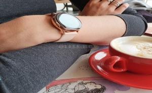Смарт часовник Samsung Galaxy Watch 2 Lily Gold