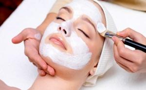 2 X 1 – Дълбоко Почистване на Лице + Терапия Според Нуждите на Кожата с Японска Органична Козметика от Център за Красота Доктор Бюти