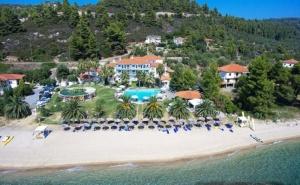 Lily Ann Beach Hotel 3*