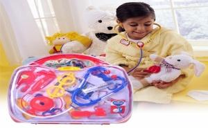 Детски Лекарски Инструмени в Куфарче