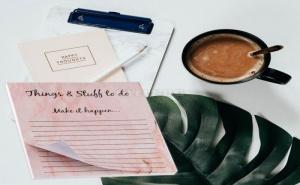 Комплект 50 Броя Розови Листчета за Задачи