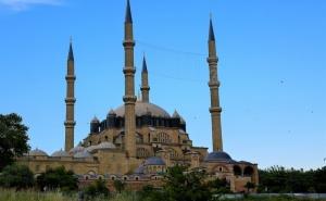 Екскурзия до Одрин, Турция! Транспорт, Богата Туристическа и Шопинг Програма от  Караджъ Турс