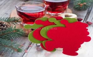 Комплект 4 Броя Подложки за Чаши Дядо Коледа