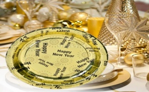 Комплект 10 броя новогодишни парти чинии