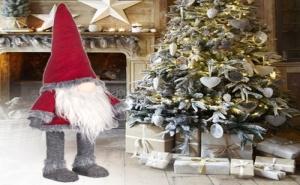 Супер Голямо Червено Коледно Джудже с Пухкав Костюм