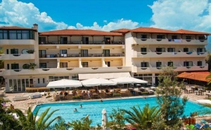 5 дни за двама All Inclusive през юни 2021 в San Panteleimon Beach Hotel