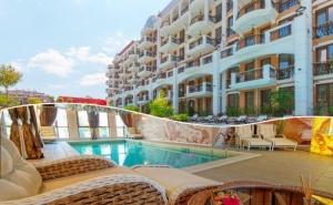 Нощувка на човек + Басейн и Релакс Зона в Хотел Хармони Суитс Гранд Ризорт 11, 12, <em>Слънчев бряг</em>