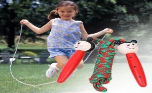 Детско Въже за Скачане с Дървени Дръжки Животни