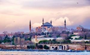 Екскурзия до <em>Истанбул</em>! Транспорт + 3 Нощувки на човек със Закуски от Юбим Травел