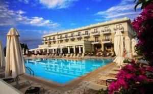 Нощувка на човек със Закуска и Вечеря + Басейн и Спа Процедури в Danai Hotel and Spa, Пиерия, Олимпийска Ривиера.  Дете до 5.99Г. Безплатно