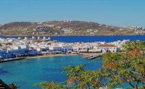 Екскурзия до Остров Миконос, Гърция през Септември 2021. Автобусен Транспорт + 4 Нощувки на човек със Закуски!