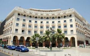 Старт на 2022 Година в Центъра на Солун - Хотел Electra Palace 5*, Две Нощувки със Закуски, Закрит Басейн, Джакузи, Парна Баня и Сауна